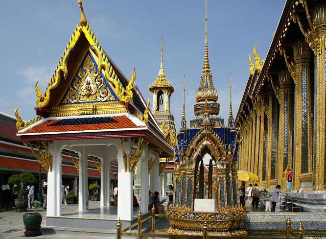 Royal Thai Grand Palace temple court yard