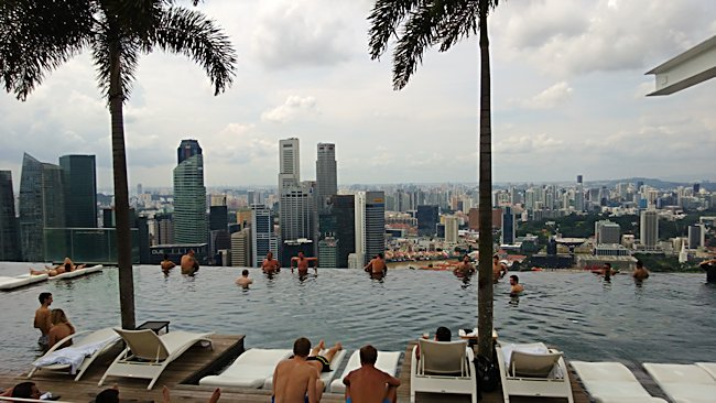 Singapore Hotel With Infinity Pool On Rooftop Image From The Infinity Pool On Top Of The Marina Bay Sands Hotel
